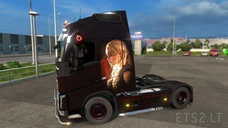 Daenerys-Targaryen-1