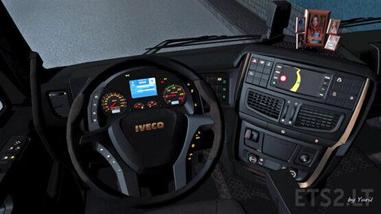 Dark Interior Iveco Hi-Way 0.9